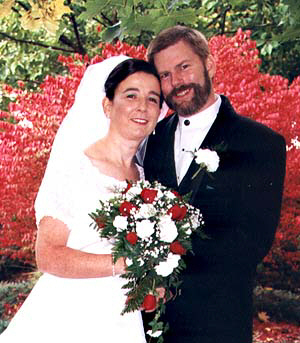 Bride&Groom.JPG (71810 bytes)